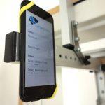 Nahaufnahme vom montierten iPhone am rockbaseFlex.